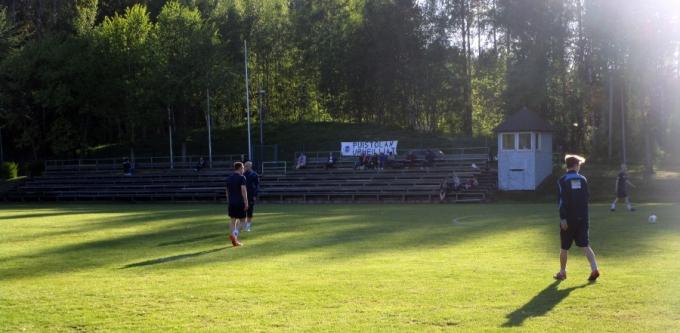 puiu-atleticomalmi_pääkatsomo